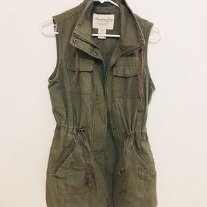 Olive green, Jean jacket, vest, no sleeves,